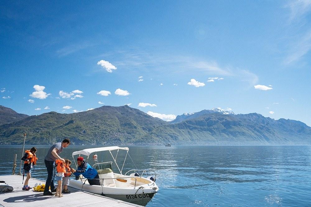 boating lake como
