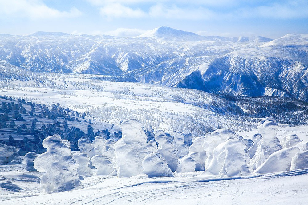 Best winter vacations for cold weather lovers wanderlust for Winter vacations in the us